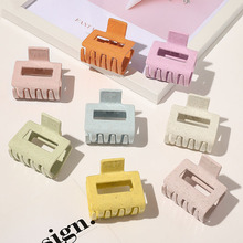 Geometric Hair Claw Clips For Women Oversize Solid PC Crabs For Hair Ponytail Holders Korean Brand Hair Clamp Headwear Accessory
