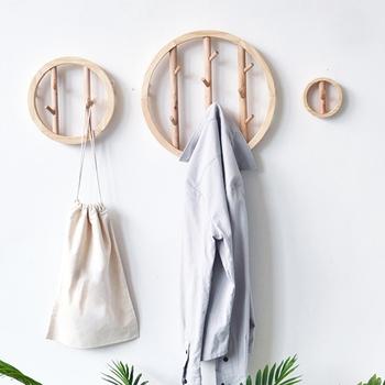 Solidne drewno okrągłe ściany wiszące haczyk na ubrania dekoracyjne szydełkowe Nordic drewniane tkaniny uchwyt organizator wieszak na kurtki wieszaki tanie i dobre opinie OOTDTY CN (pochodzenie) meble do salonu meble do domu Coat Rack Antique