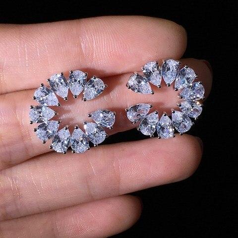 Женские серьги гвоздики с фианитами Круглые Серьги серебряного
