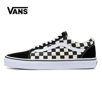 цена HOT Classic Vans Old Skool Black Checkerboard Men Shoes Original Sneakers Unisex Vans Men Shoes Skateboarding  VN0A38G1P0S онлайн в 2017 году