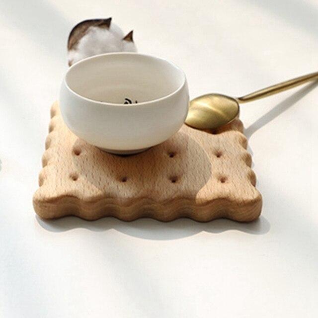 1 pièces Durable hêtre Biscuit forme sous-verres napperons décor résistant à la chaleur boisson tapis maison Table thé tasse à café Pad Table Decoratio