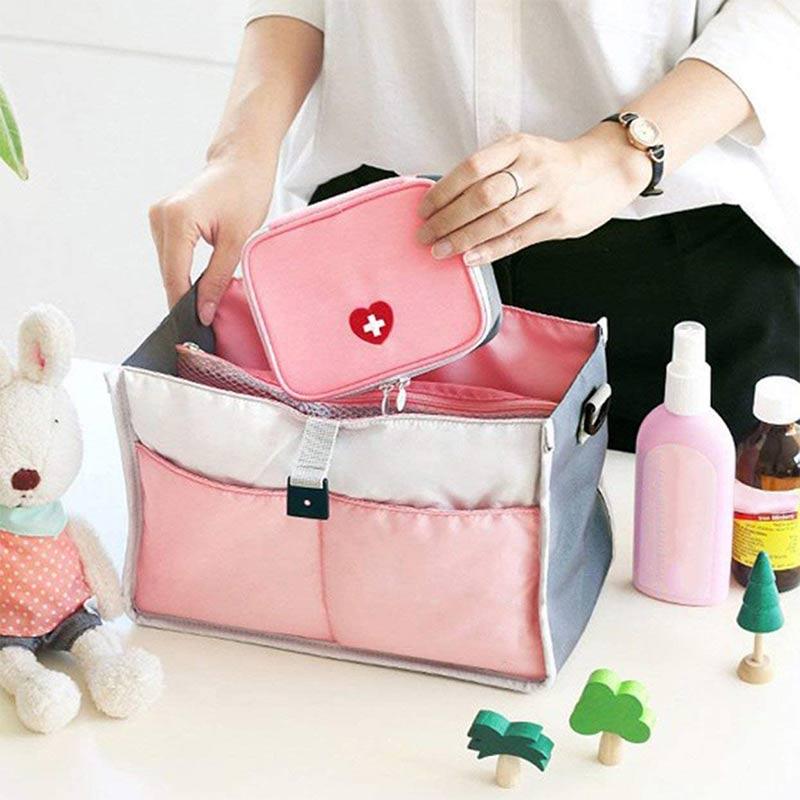 Купить с кэшбэком Portable Love First Aid Kit Small Medicine Bag Small Household Medical Box Suitable for Outdoor Emergency Medical Bag