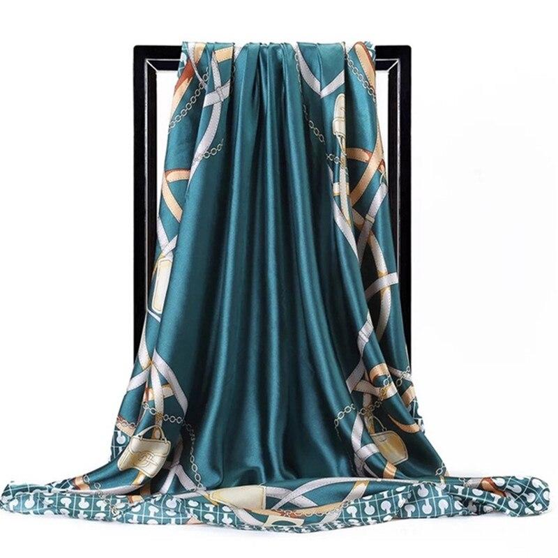 Winter Scarf Luxury Brand Women Silk Scarf Bandana Fashion Letter Chain Print Square Scarves Shawls 90*90cm Head Hijab Wraps