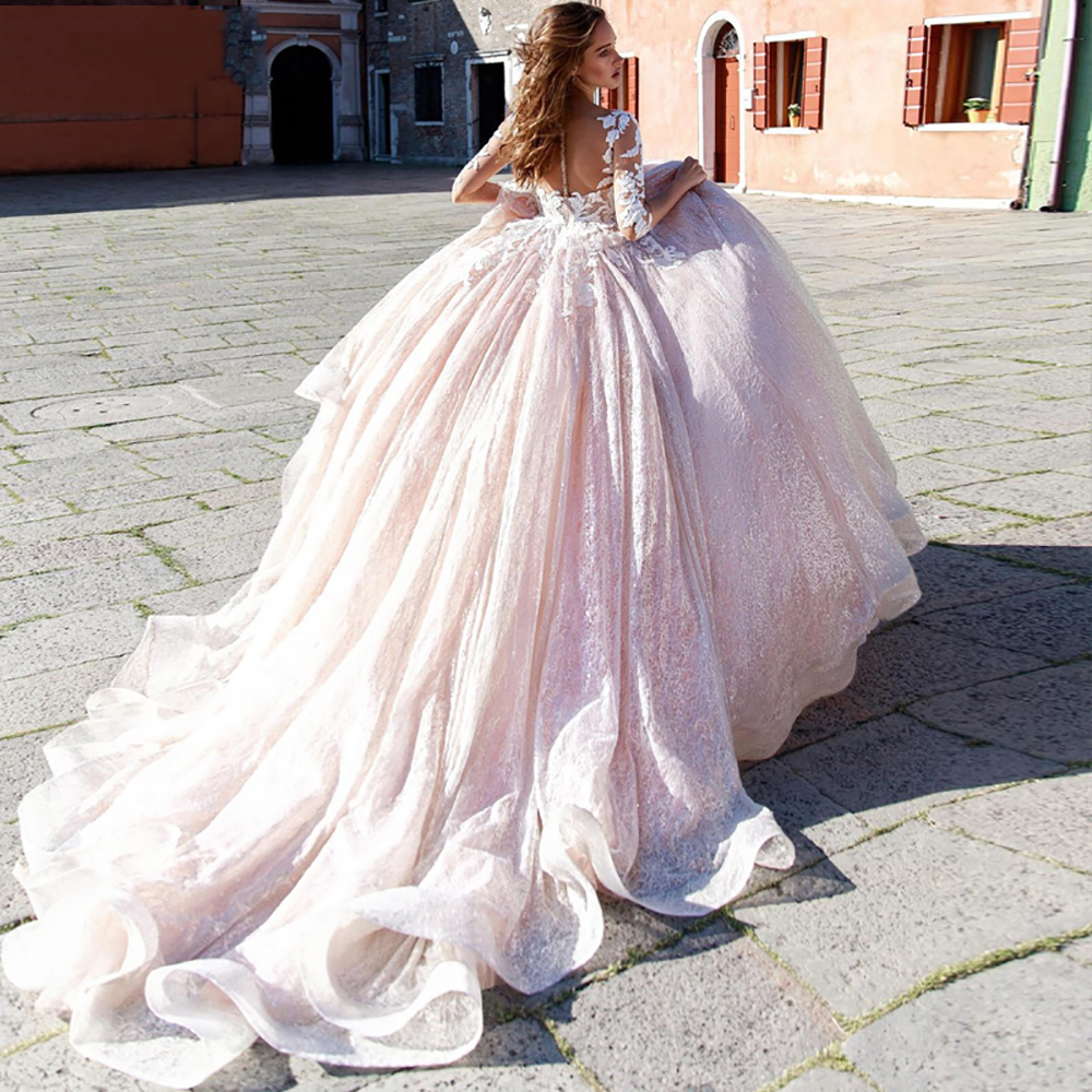 Eightree Romantic A-Line Wedding Dresses 2020 Gorgeous Appliques Lace Bridal Dress Plus Size Scoop Neck Half Sleeve Wedding Gown