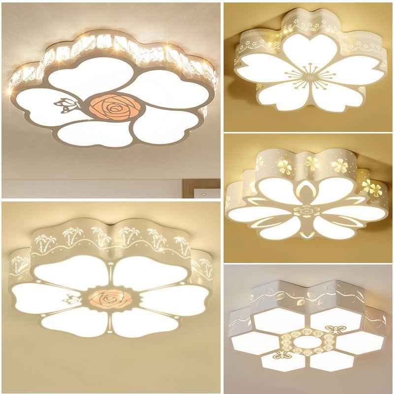 Светодиодная потолочная лампа для спальни, современный простой Романтический креативный светильник в виде теплого цветка для детской комн...