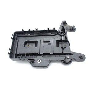 Image 3 - قاعدة تثبيت علبة البطارية ، لـ VW Golf GTI Jetta MK5 MK6 Tiguan EOS Passat B6 Audi 1KD915333