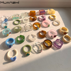 HUANZHI 2021 New Transparent Resin Acrylic Rhinestone Colourful Geometric Square Round Rings Set for Women Jewelry Party Gifts