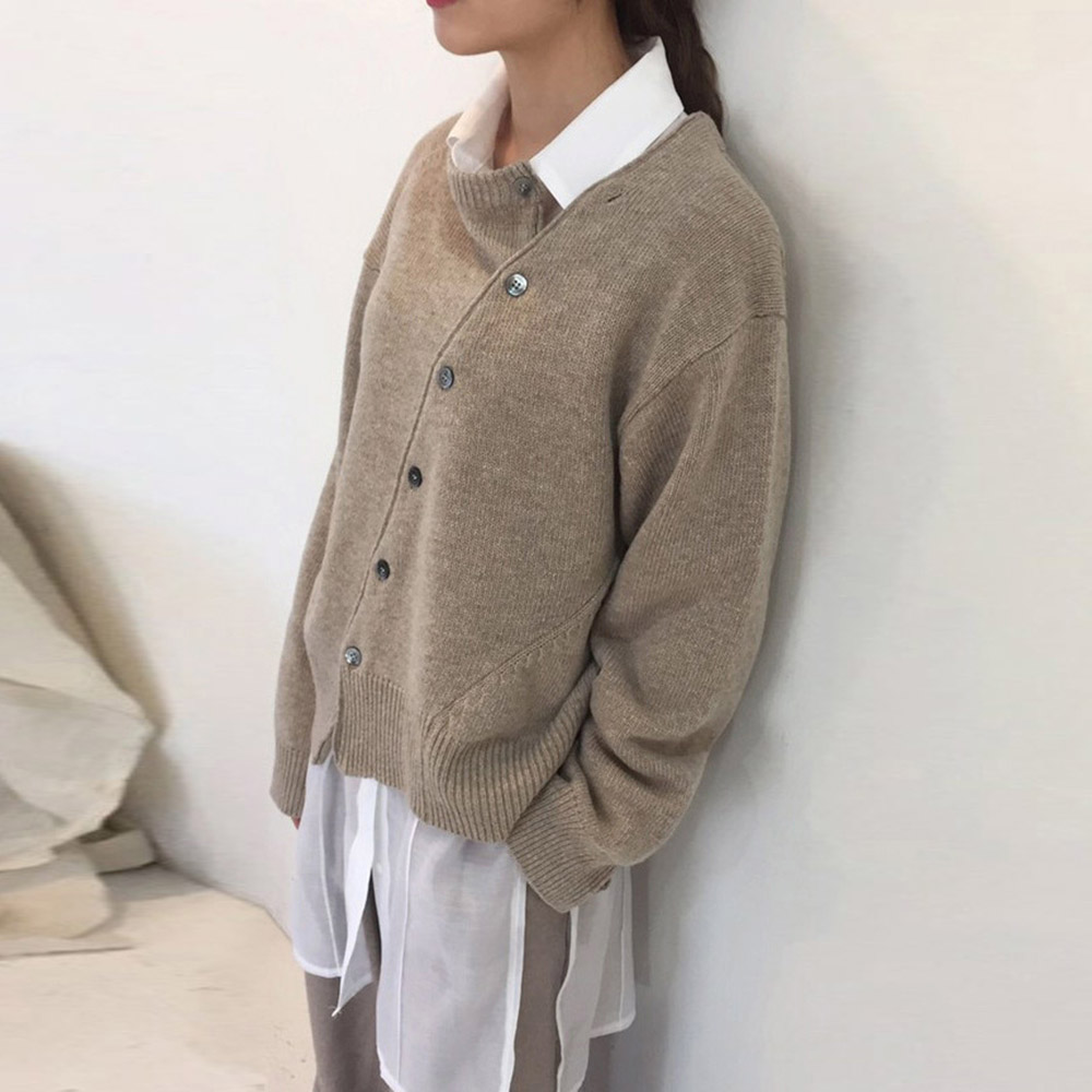 Knitted Sweater Women Autumn Solid Khaki Loose Causal Knit Wear Korean Fashion Pullovers Asymmetric Spring Jumpers Preppy Style