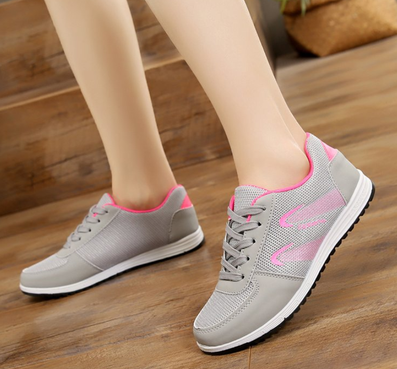 Fashion High Quality Women Casual Shoes Fashion Breathable Walking Mesh Lace Up Flat Shoes Sneakers