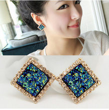 Earings Ear Nail Female Concise Personality Inlaid Diamond Shape Chameleon Earrings Baitao Temperament Yiwu Mixed Batch Mall(China)