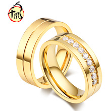 цена на Titanium steel diamond couple ring Stylish gold-plated men and women ring Golden titanium steel engagement ring