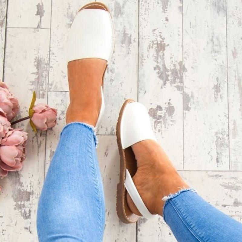 Ladies Sandals Soft Sole Flat Sandals Summer Shoes Ladies Open Toe Beach Slippers Plus Size