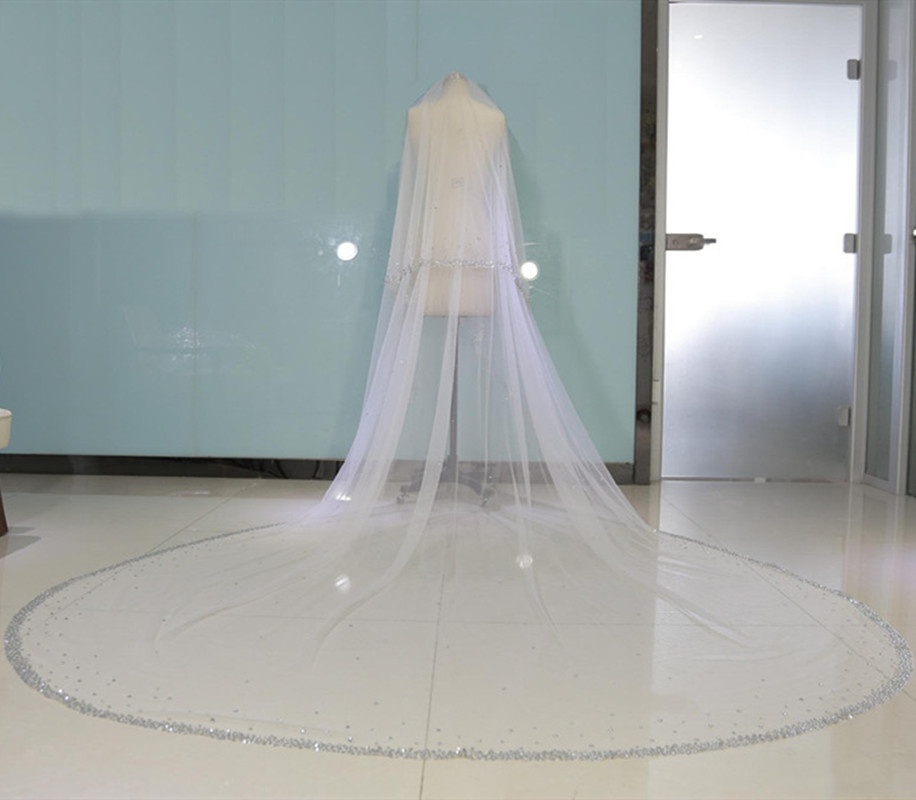Bling Bling Beaded Two Layers Bridal Veils Luxury Long Cathedral Length Wedding Veil With Metal Comb