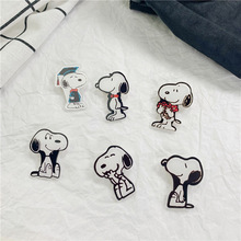 new fashion Cartoon designer brooches pin for women Cute animals brooch acrylic pin brooch Personality beautiful dog badge bag