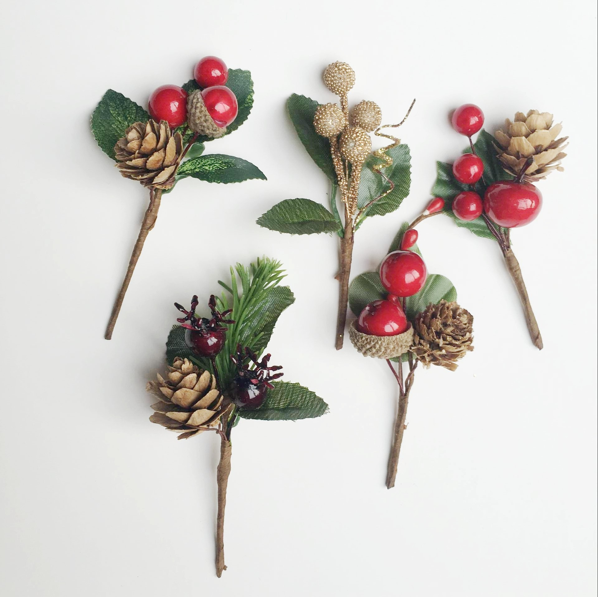 5pcs Artificial Flower Red <font><b>Christmas</b></font> Berry And Pine Cone Picks With Holly Branches For Holiday Floral Decor Flower Crafts image