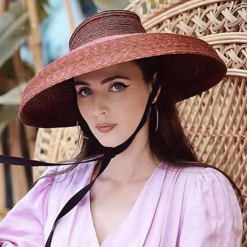 New Fashion Elegant Wide Brim Sun Hats For Women Travel Derby Summer Hats Lace Up Flat Top Cloche Straw Hats Floppy Beach Hat