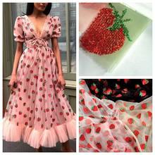 2 metros tecido de gaze líquida moda vermelho lantejoulas morango adorável rosa vermelho tule vestido malha bordado tecido renda meterial