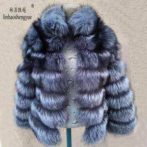 Image 1 - Linhaoshengyue moda kadın gümüş tilki kürk ceket kadın düzenli bölüm yatay şerit tilki kürk ceket kadın standı yaka