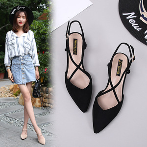 Image 1 - 신발 여성 2020 여름 샌들 여성 스퀘어 하이힐 펌프 여성 샌들 하이힐 신발 숙녀 플록 포인트 발가락 샌들