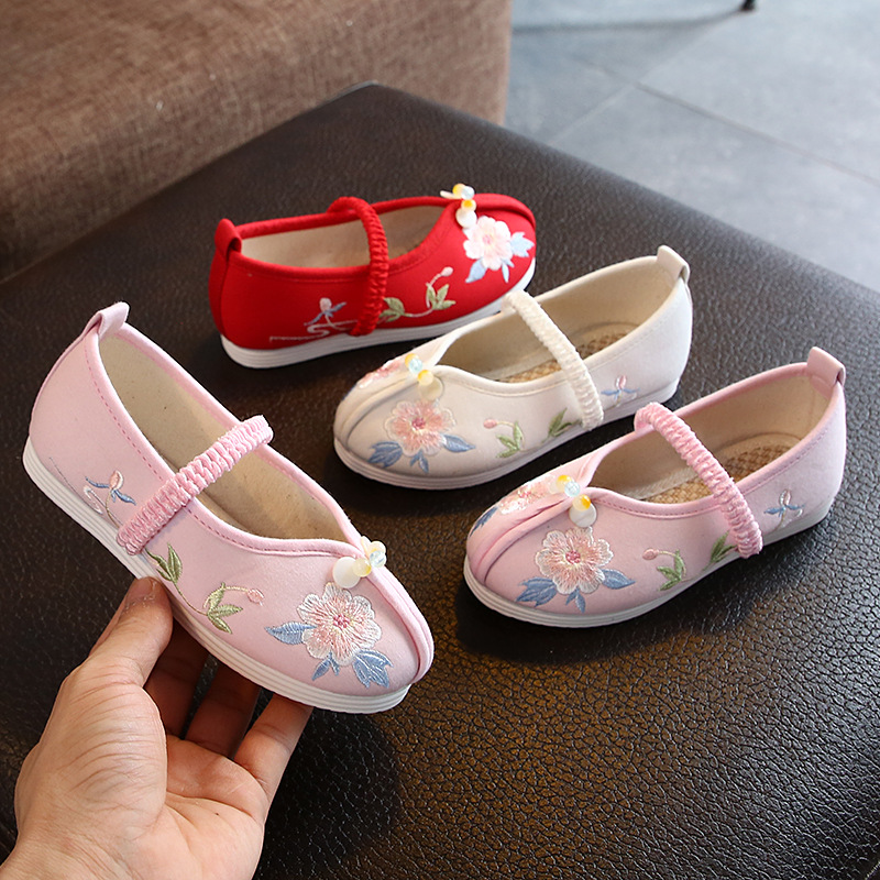 Autumn/spring Children's Cloth Shoes Sneakers Girls Ancient Hanfu Shoes Chinese Style Dance Shoes Students Perform Embroidered
