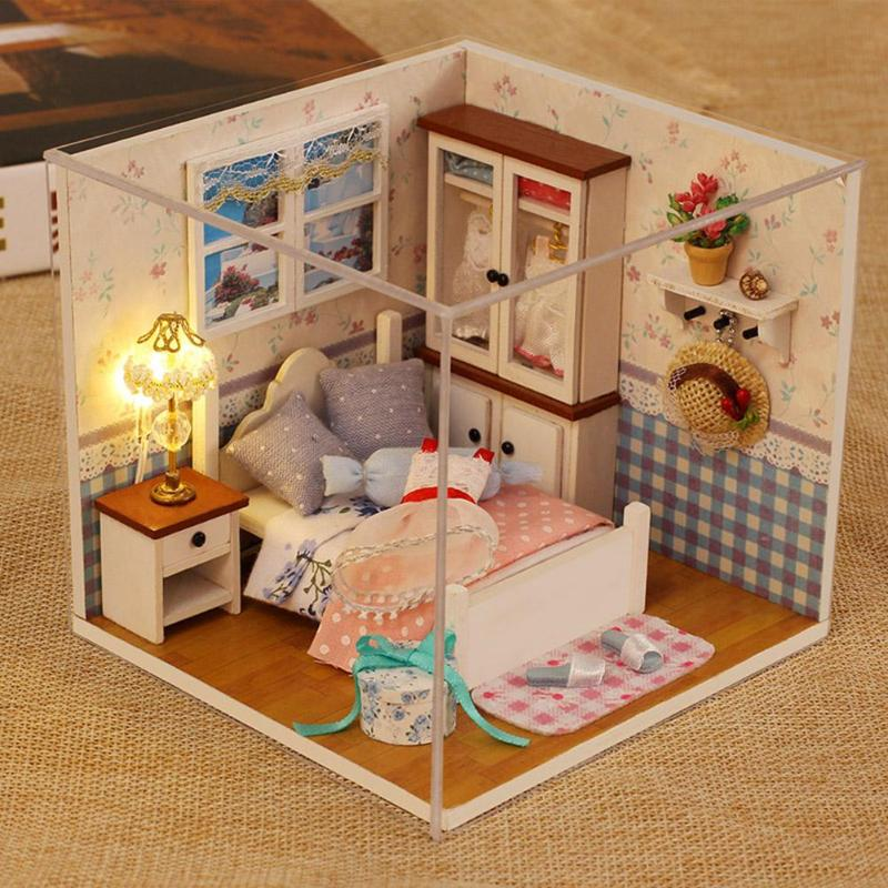 DIY Assemble Wooden Dollhouse Kit Toys Dollhouse Furniture Miniature Doll House With Dust Cover  Handicraft For Baby Birthd Gift