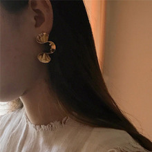 2019 fashion irregular tortile statement earrings for women gold and silver color