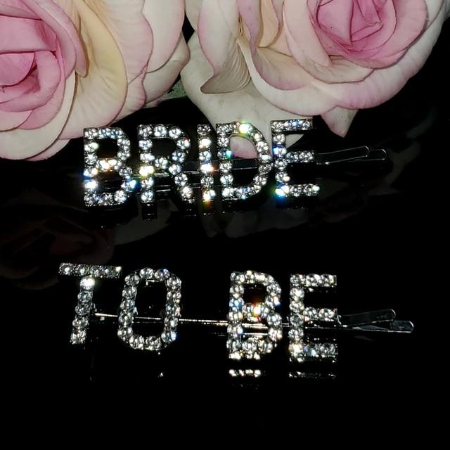 """Ślub panny młodej akcesoria i prezent Blingbling spinki do włosów """"BRIDE TO BE"""" mówiąc słowa spinki do włosów spinki 2 sztuk/zestaw akcesoria do włosów"""