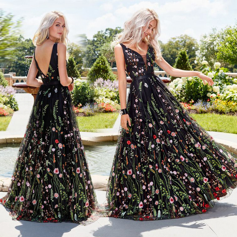 2019 Europe And America Hot Selling Sexy Deep V Sleeveless Dress Slim Fit Backless Ball Long Skirts Formal Dress