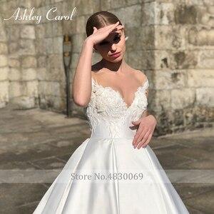 Image 4 - Ashley carol vestido de casamento de cetim elegante 2020 a linha fora do ombro rendas acima da noiva querida apliques vestidos de noiva do vintage