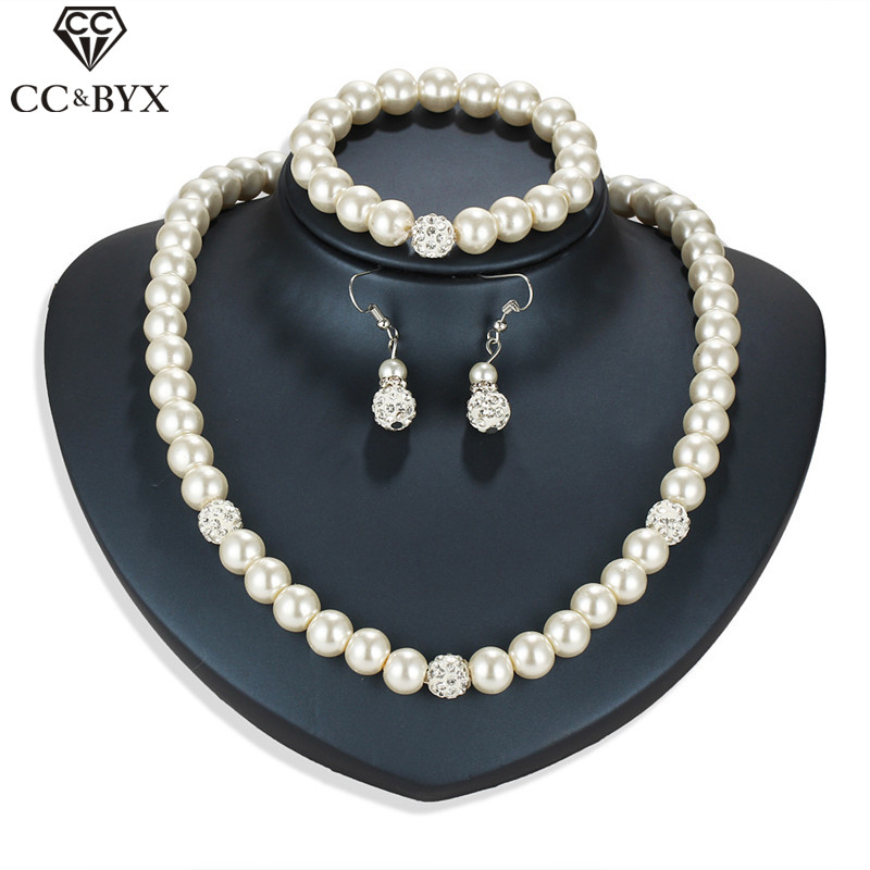 CC Jewelry set Pearl Drop Earring Necklace Women Bracelets 3pcs Luxury Wedding Accessories For Brides Statement Necklaces YH43