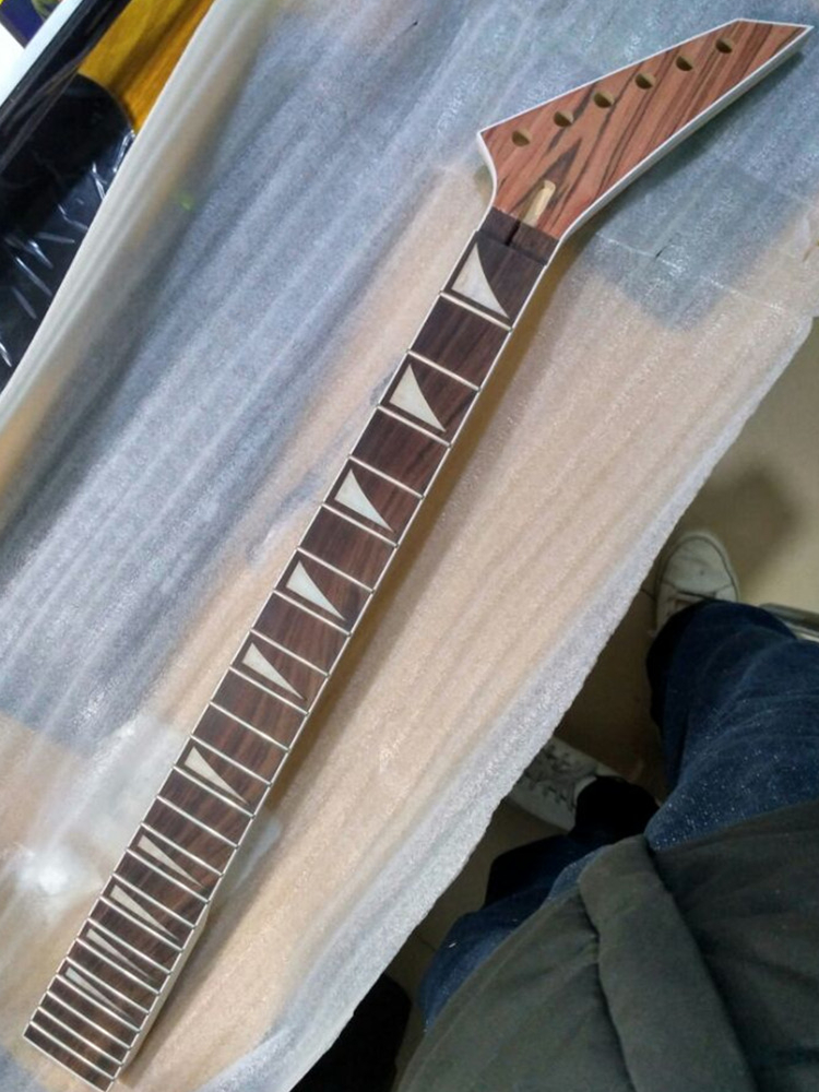 Disado 24 Frets Maple Electric Guitar Neck Rosewood Fretboard Guitar Accessories Parts Musical Instrument Can Be Customized