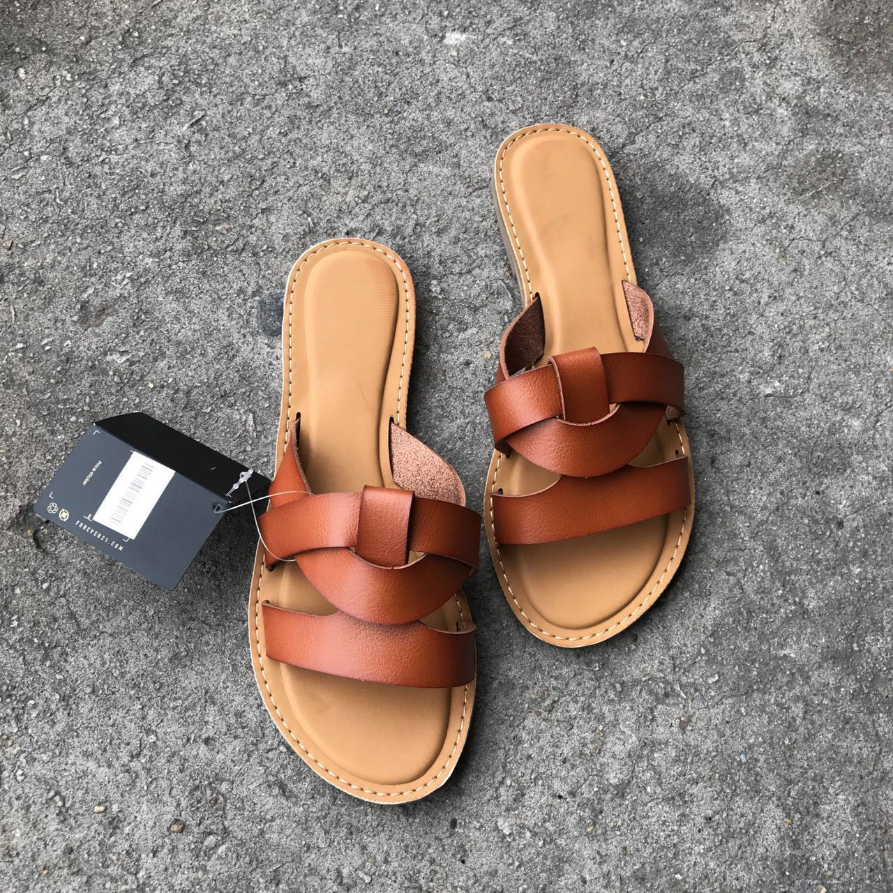 Soft Leather Surround Flat with Open Toe Casual Slides Non-slip Women's Slippers Outside Beach Solid Color Cool Shoes for Summer