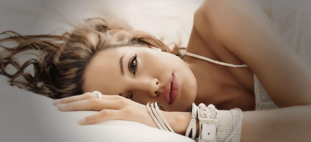 一代女神安吉丽娜朱莉红毯最性感的30个造型