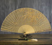 Classical Suzhou Sandalwood Fan Hollow Out Wenwan Gift Fan Arts And Crafts Sandalwood Fan Folding Fan China Wind