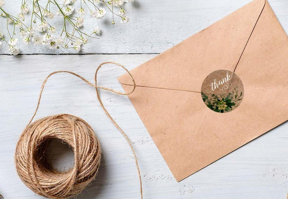 Купить с кэшбэком 1 Inch Round Kraft Paper Flowers Thank You Stickers Seal Labels 500 Pcs/roll Scrapbooking Stickers for Gift Stationery Stickers