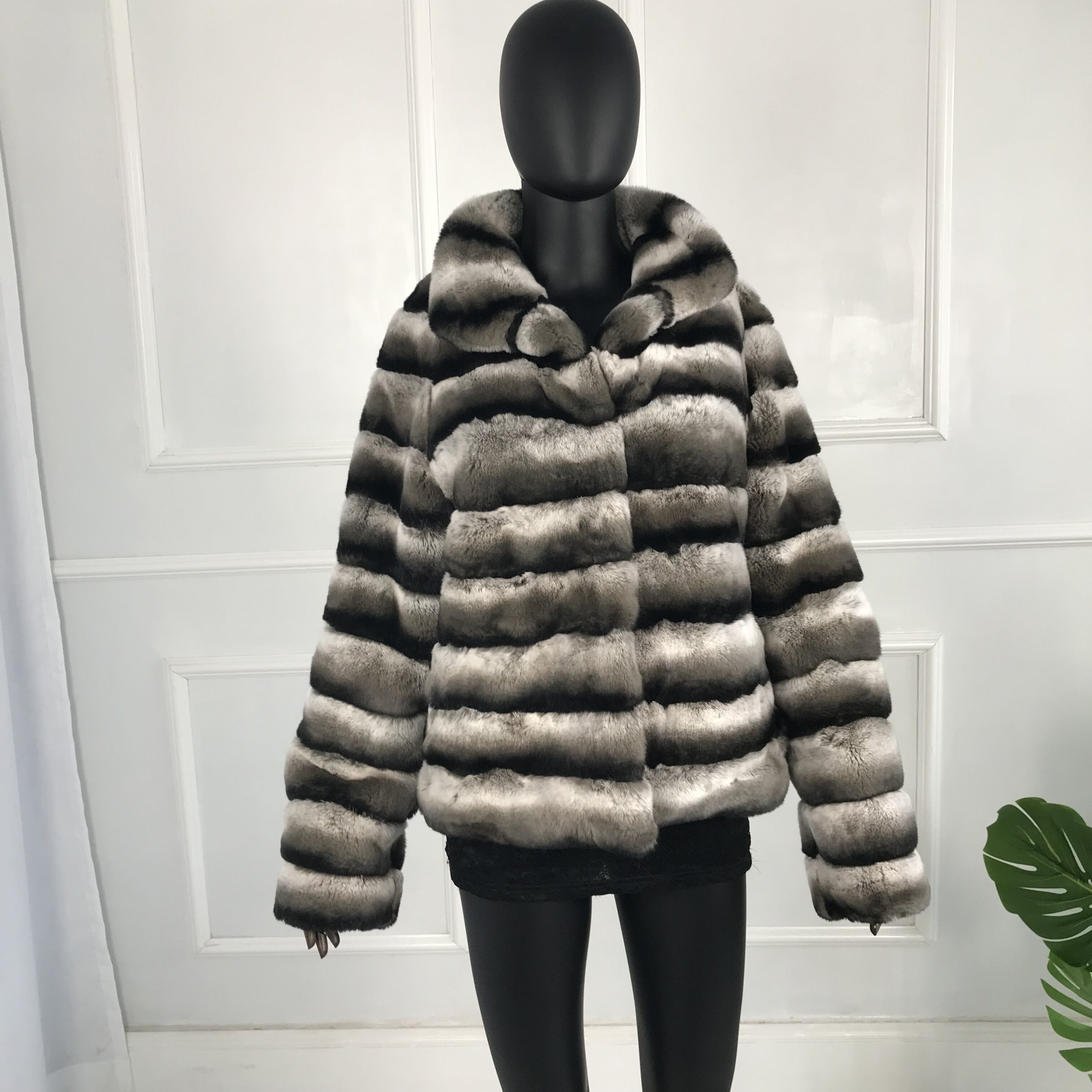 Genuine Rabbit Fur Overcoats High Quality  Elegant Women Winter Jacket  Chinchilla Color Hooded  Natural Real Fur Coat