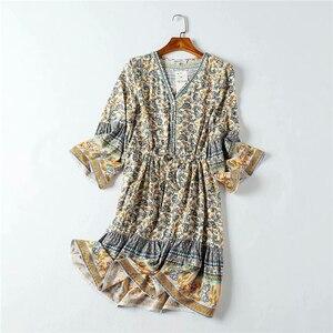 Image 4 - Vintage chic frauen hippie floral print quaste V ausschnitt Bohemian mini kleid Sommer damen flare hülse Boho kleider vestidos