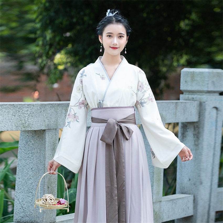 Image 4 - Traditional Japanese Kimono Woman Retro Floral Fashion Haori Clothing Set Spring Oriental Party Photography Clothes for Girls-in Asia & Pacific Islands Clothing from Novelty & Special Use