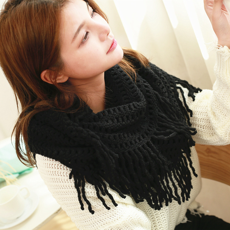 19 Years Winter New Style Tassels Black And White With Pattern Yarn Scarf Pullover Japanese Korean Warm Thick Knitted Scarf Wome