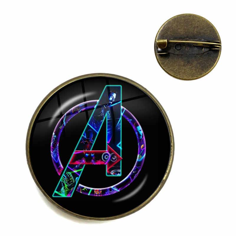 3D Cabochon De Vidro Broche The Avengers Marvel Ação Homem de Ferro Tony Stark Arc Reactor de Vidro Impresso Jóia Charme Collar Pinos para o Presente