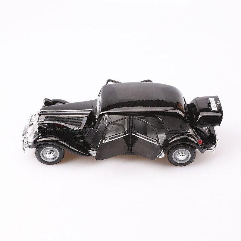 Maisto 1: 18 Model Alloy Car Model 1952 Citroen 15cv 6 Cyl Classic Car Model