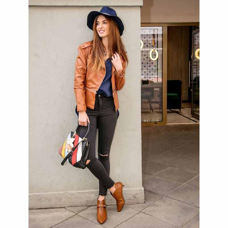 شرابة قلادة زينت فيدورا قبعة أزياء المرأة الأزياء الكورية الجاز قبعة الصيف الربيع الأسود الصوف مزيج كاب في الهواء الطلق عارضة