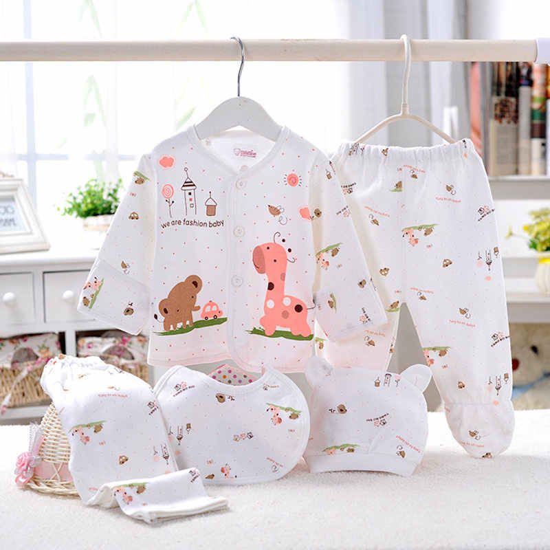 New 0-3Months NewBorn Baby Clothes Set Cartoon Pattern Cotton Outfit Infant Girl Boy Clothing Suit Outfit 2pants+Top+Bib+Gloves