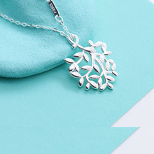 цена 100% 925 sterling silver necklace female new set chain necklace pendant ladies boutique jewelry онлайн в 2017 году