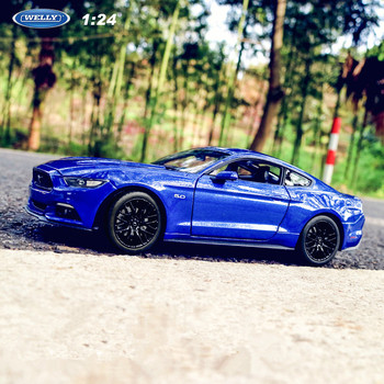 Welly 1:24 2015 Ford Mustang GT blue alloy car model die-cast toy car collection to watch Christmas gifts 1 18 ford mustang gt car diecast car model for gifts collection hobby