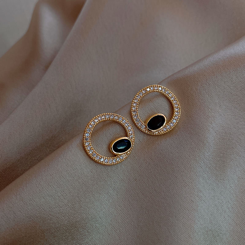 2020 South Korean New Geometric Round Earrings Fashion Temperament Joker Simple Earrings Female Jewelry