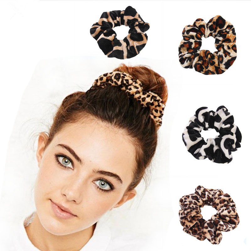 1Pcs Classic Simple Smooth Animal Velvet Hair Scrunchies Leopard Print  Houndstooth Patterns Autumn Winter Hairbands Accessory