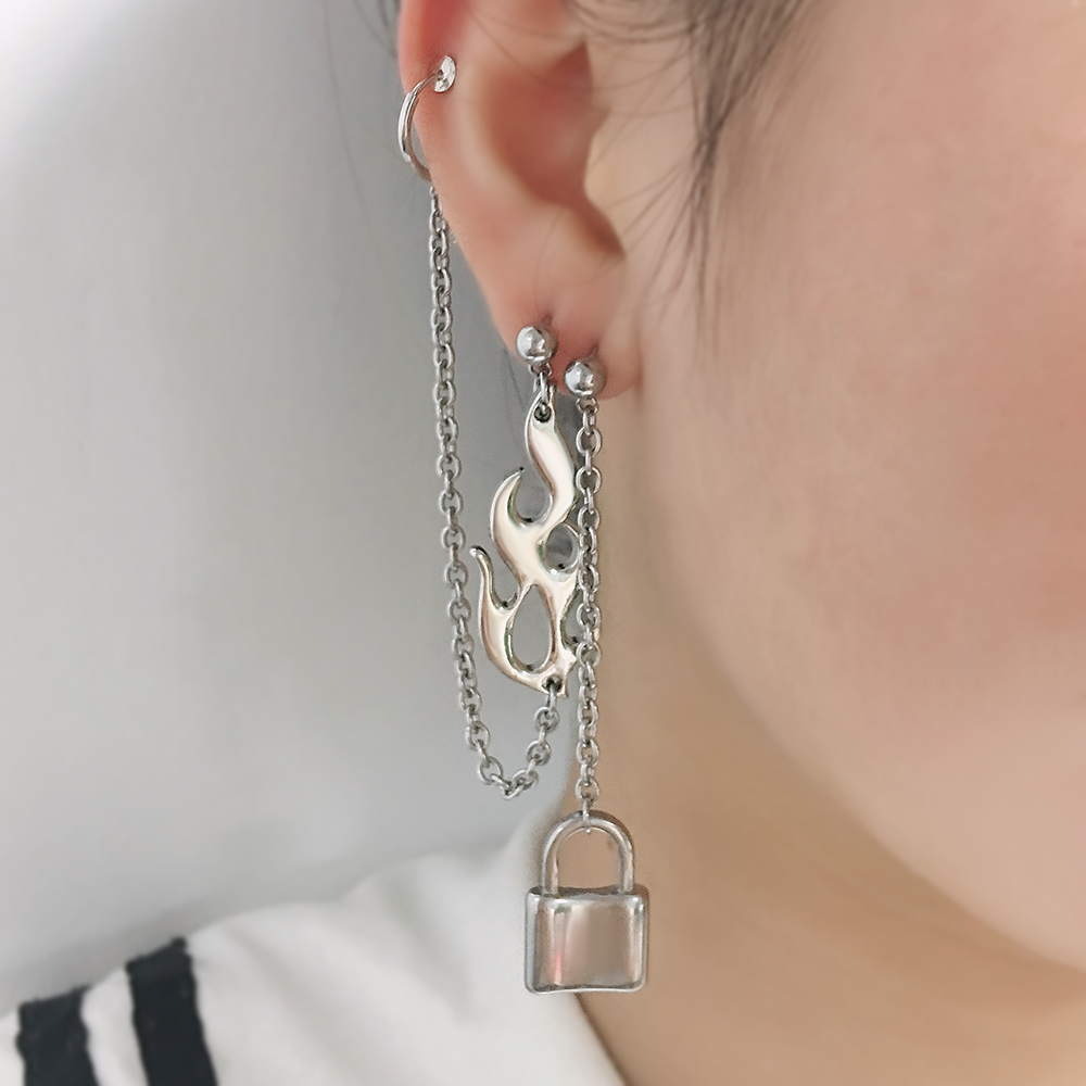 Personality Hip hop Lock Flame Harajuku Earrings Unisex Jewelry Charm Fashion Street Art Film Star Same Style 1 Pcs Earring