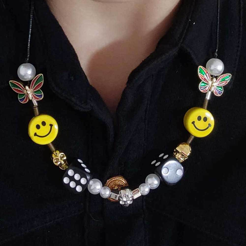 Fashion hip-hop rock star with the same paragraph unisex The same paragraph dice skull pearl ceramic smiley face EVAE necklace