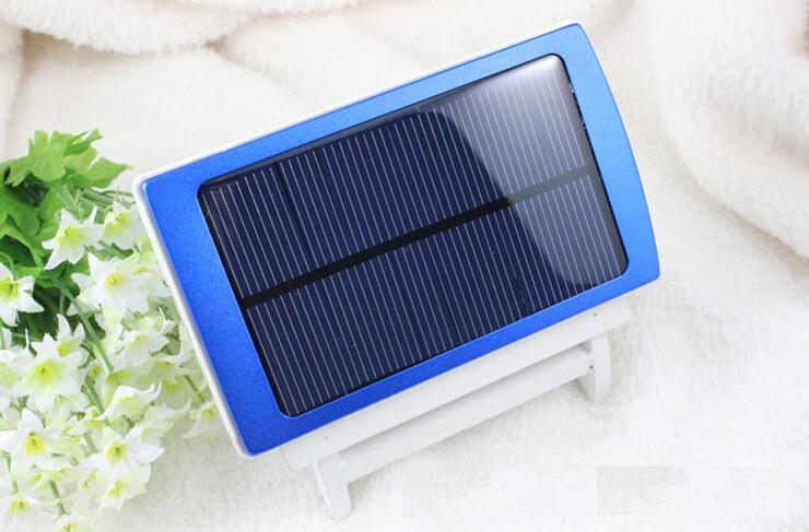 30000mAh Waterproof/Dustproof Solar Power Bank with Double USB Output and LED Flashlight